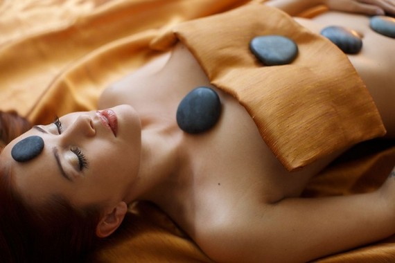 massazh kamni стоун массаж